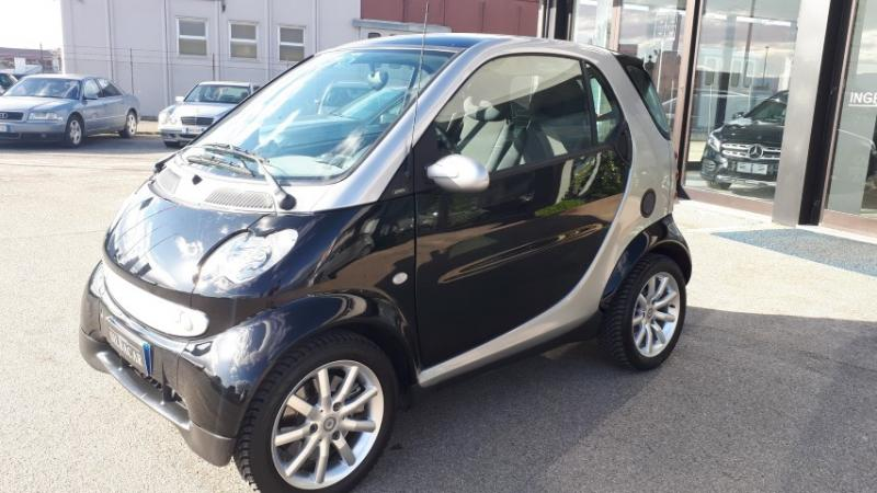 SMART FORTWO COUPE' 52KW PASSION